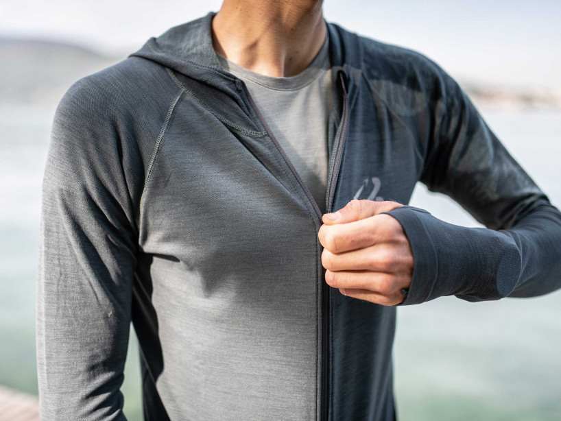 3D Thermo Seamless Hoodie - Born To SwimBikeRun 2019