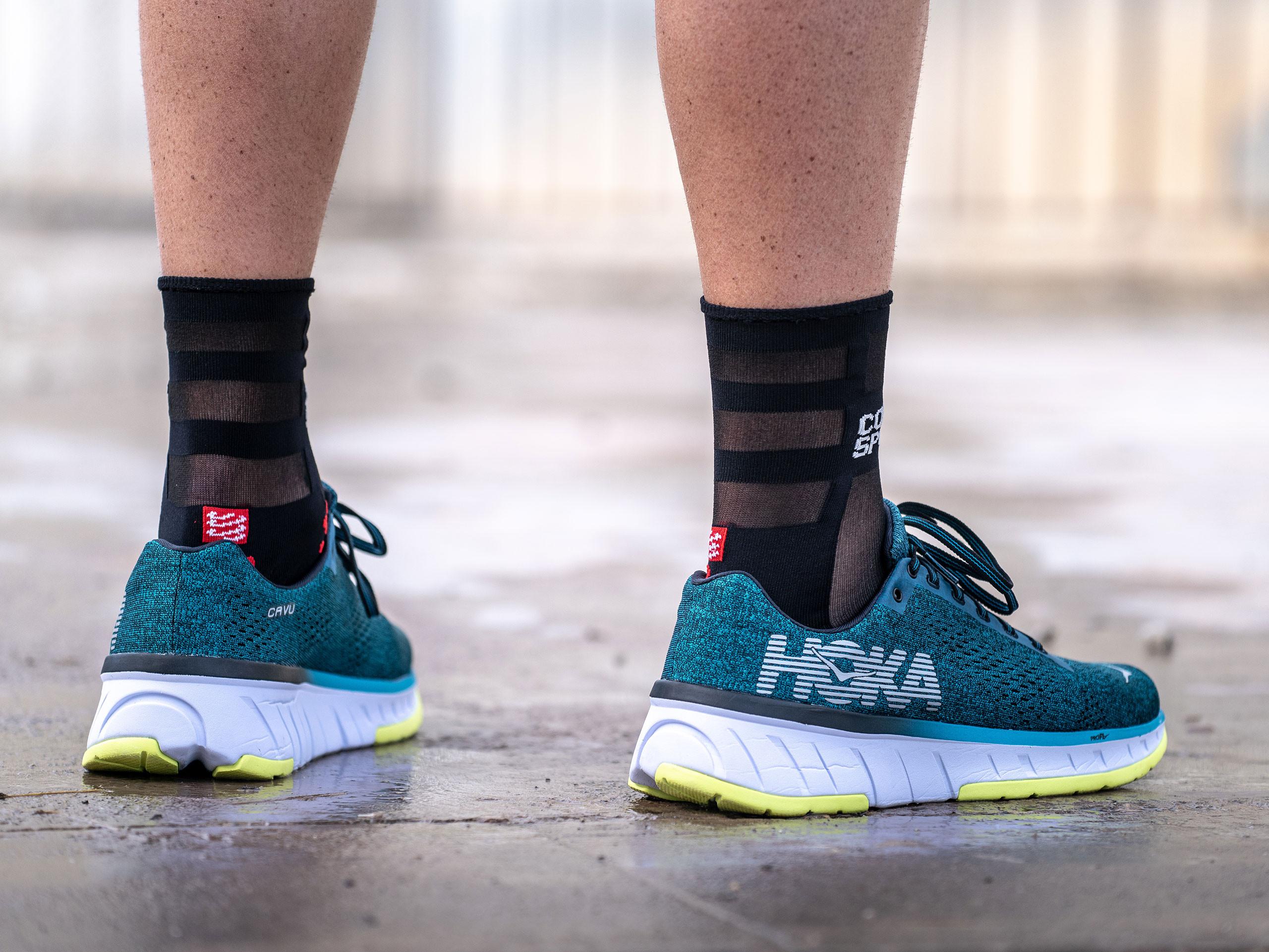 Pro Racing Socks v3.0 Ultralight Run High BLACK/RED