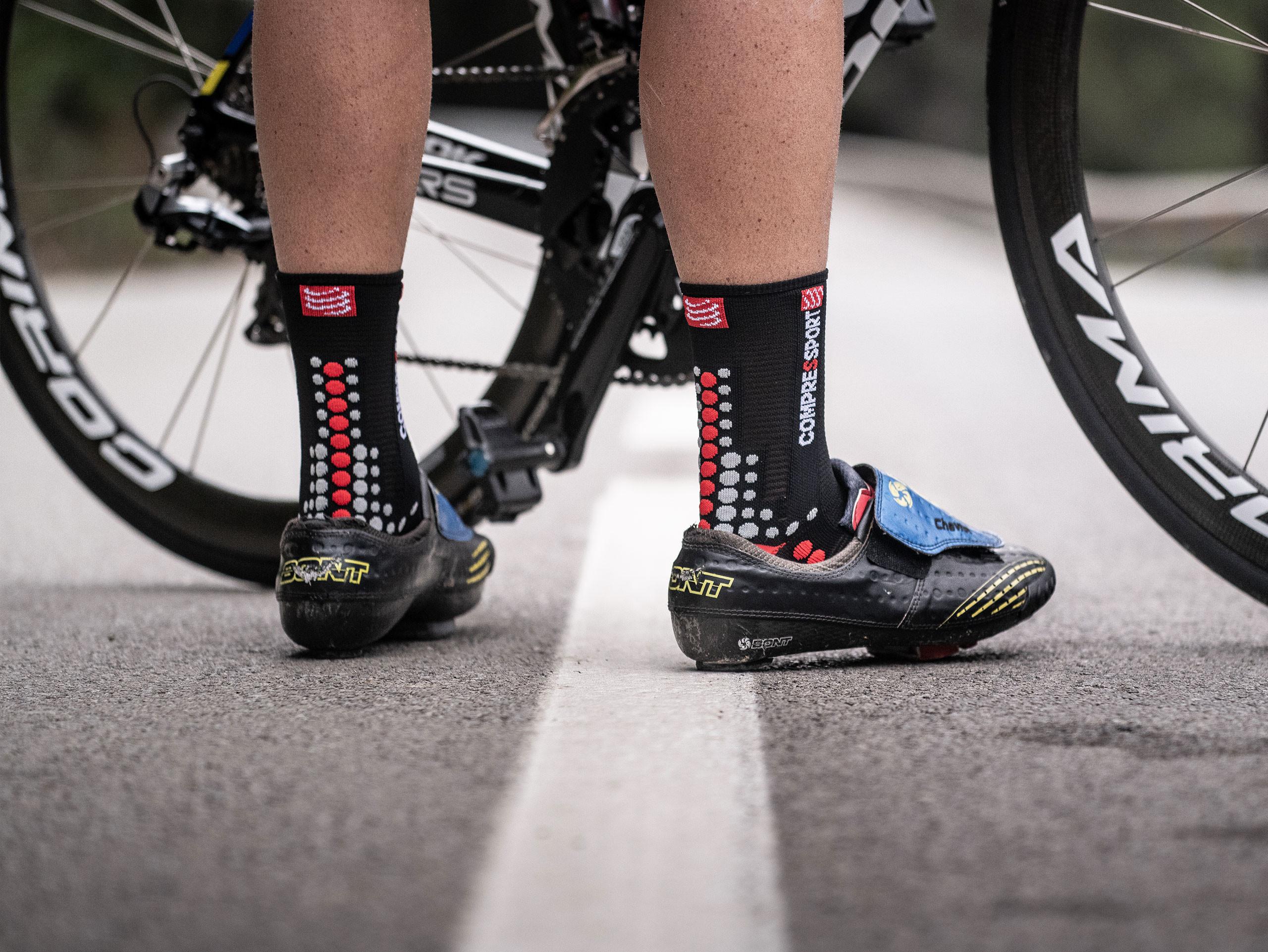 Pro racing socks v3.0 Bike schwarz/rot