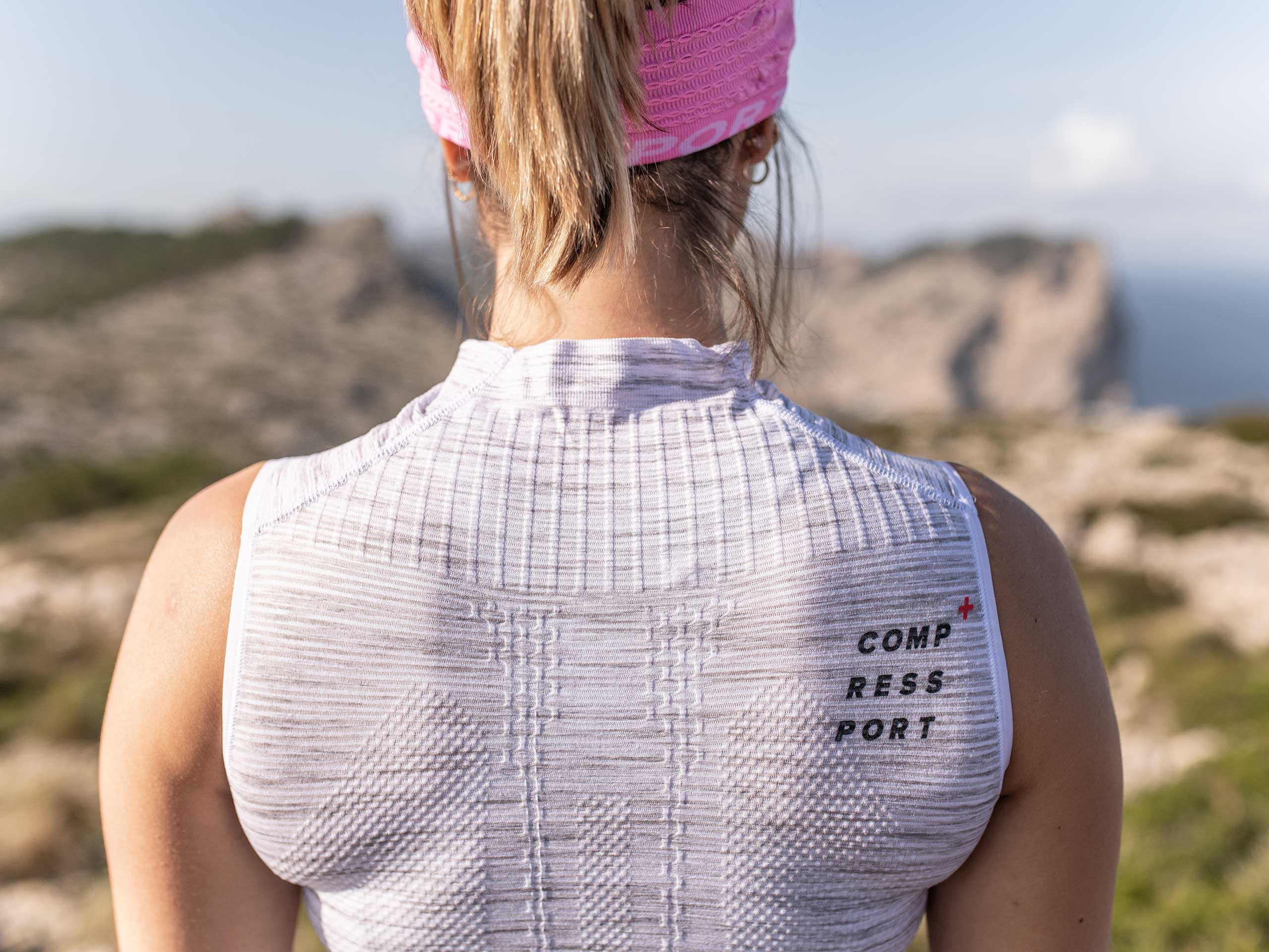 Trail Postural Tank Top W grau