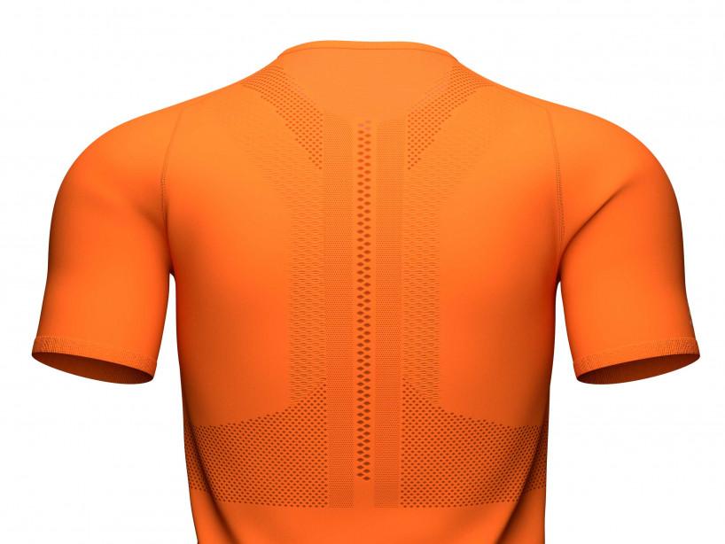 Camiseta Trail Half-Zip Fitted MC cúrcuma