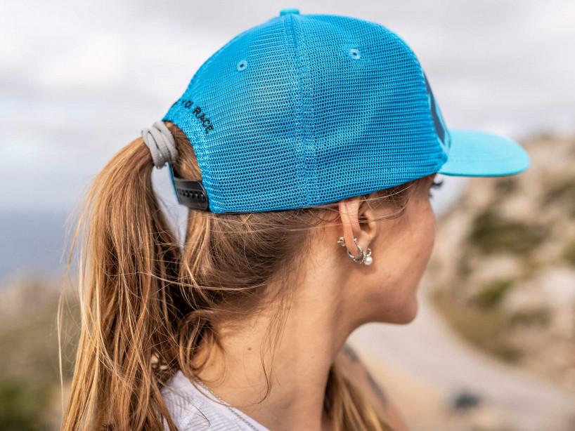 Gorra con visera plana azul/lima