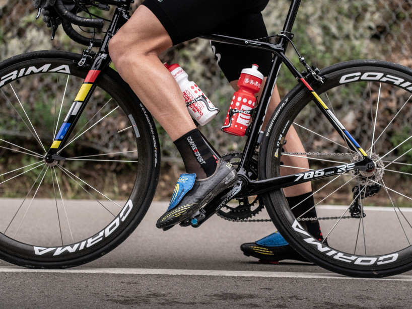 Pro Racing Socks v3.0 Ultralight Bike BLACK/RED