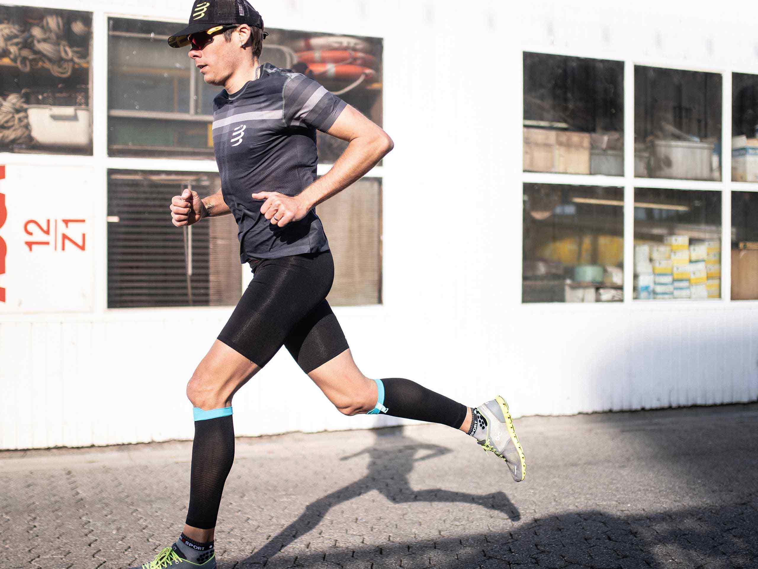 Run Under Control Short noir