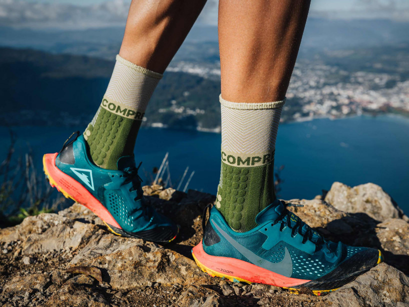Pro racing socks winter trail vert de gris