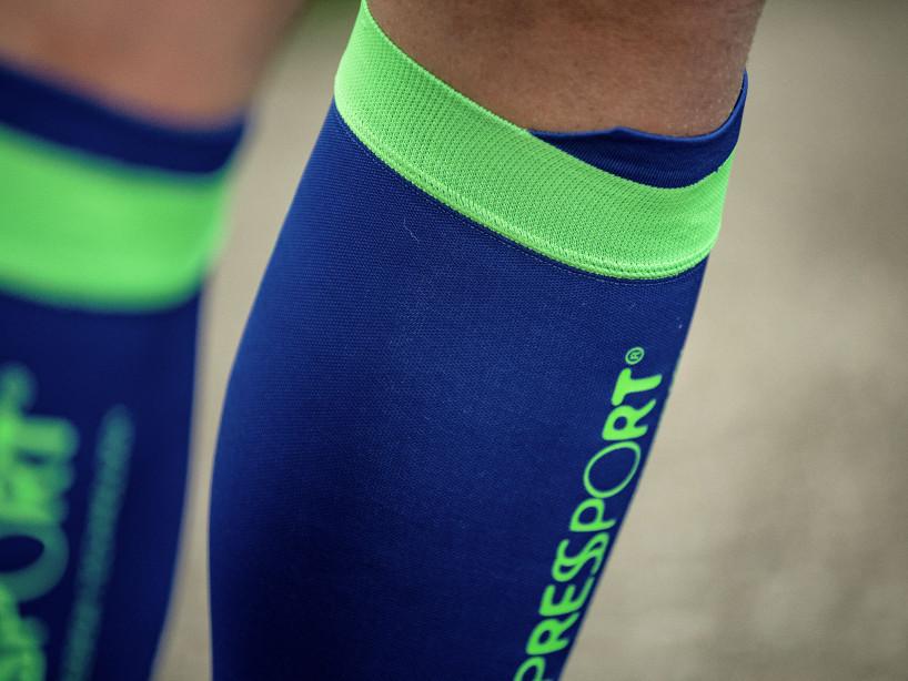 R2V2 calf sleeves blue