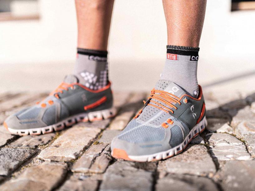 Pro Racing Socks v3.0 Run High grau-meliert