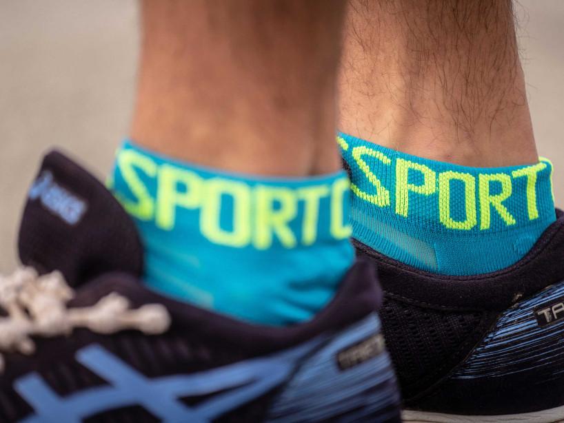 Pro Racing Socks v3.0 Ultralight Run Low bleu fluo