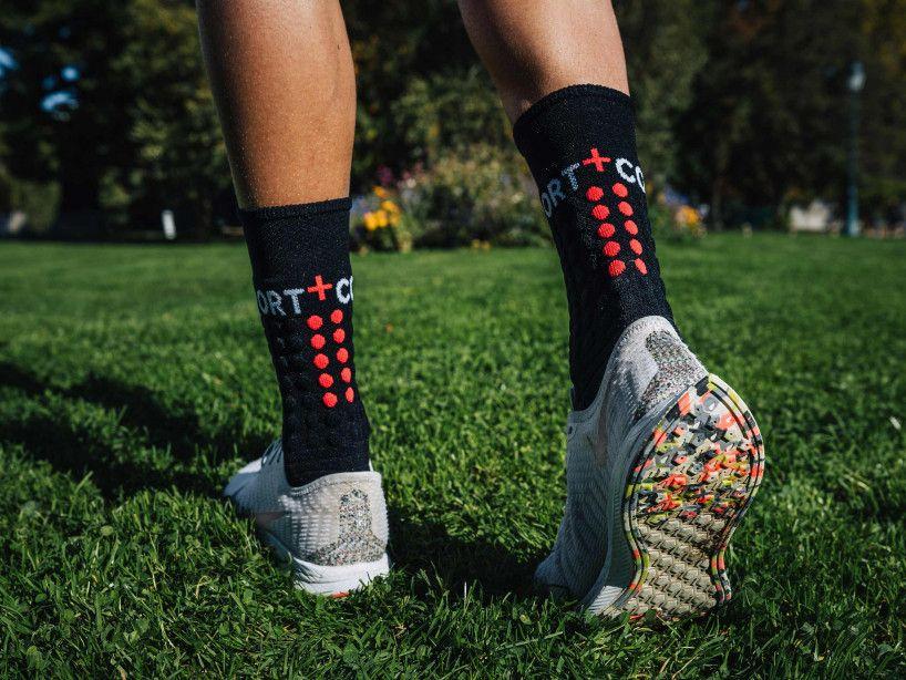 Pro Racing Socks Winter Run - Black Red