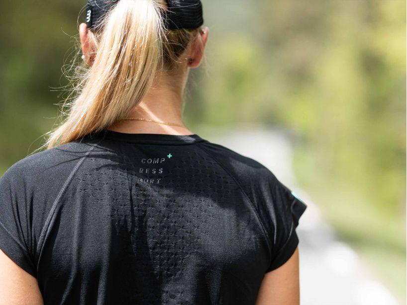 Training Tshirt SS W - Black Edition 2021