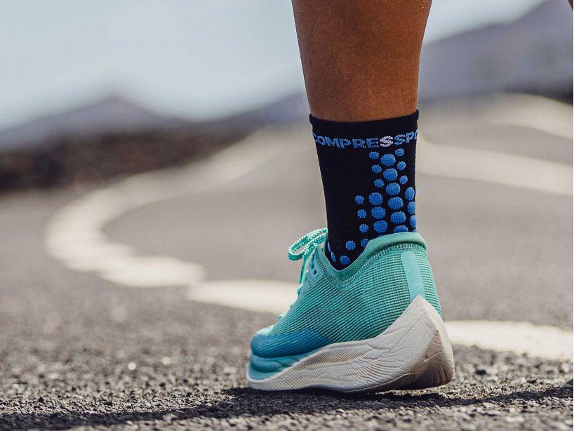 Pro Racing Socks v3.0 Run High - Born To SwimBikeRun 2021