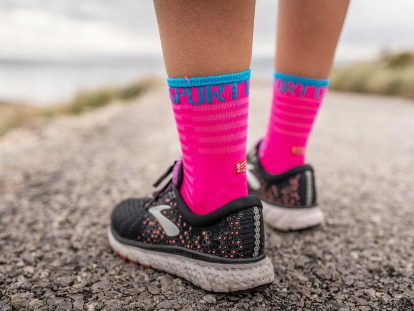 Pro Racing Socks v3.0 Ultralight Run High fluo pink