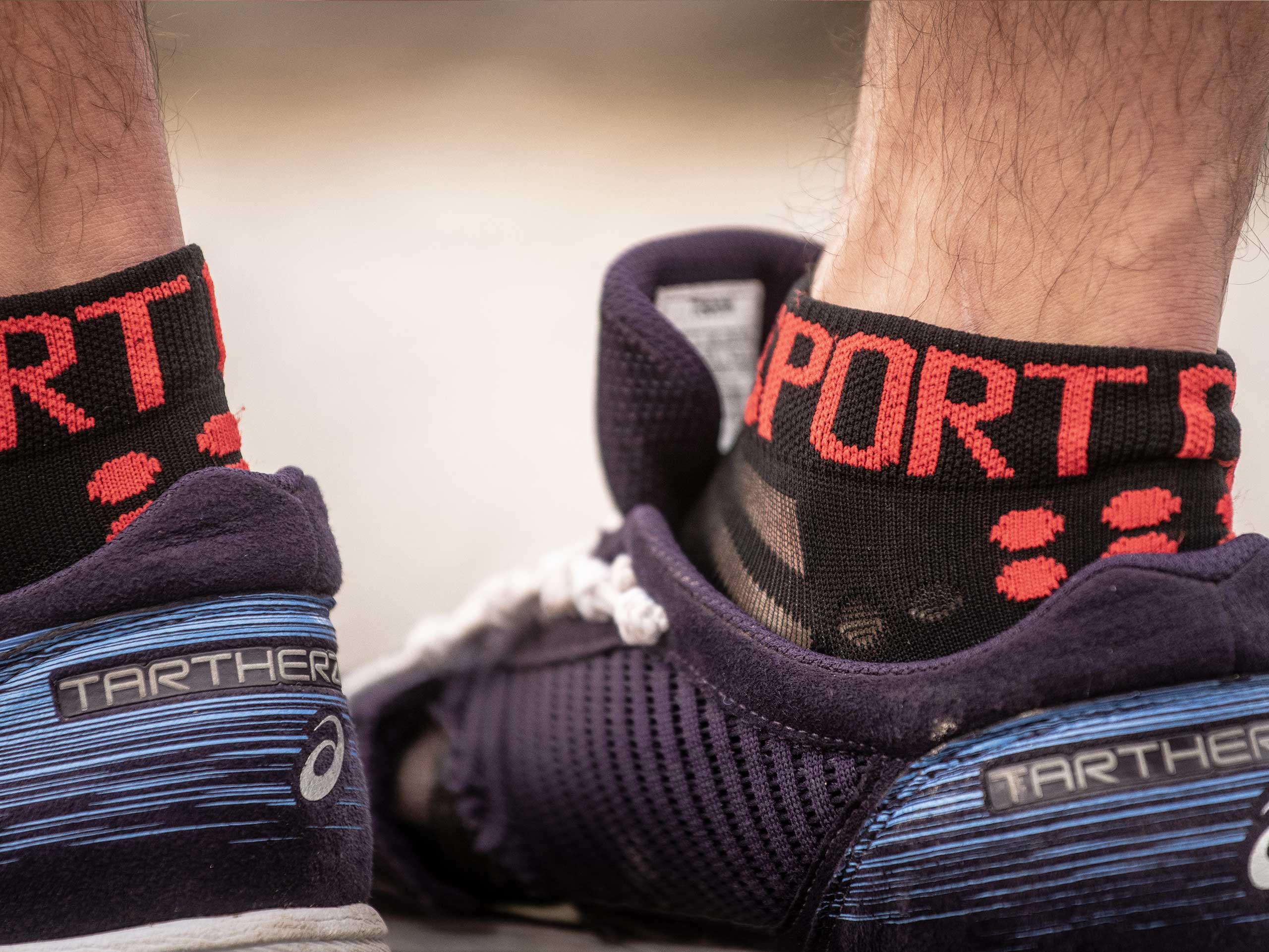 Pro Racing Socks v3.0 Ultralight Run Low black/red
