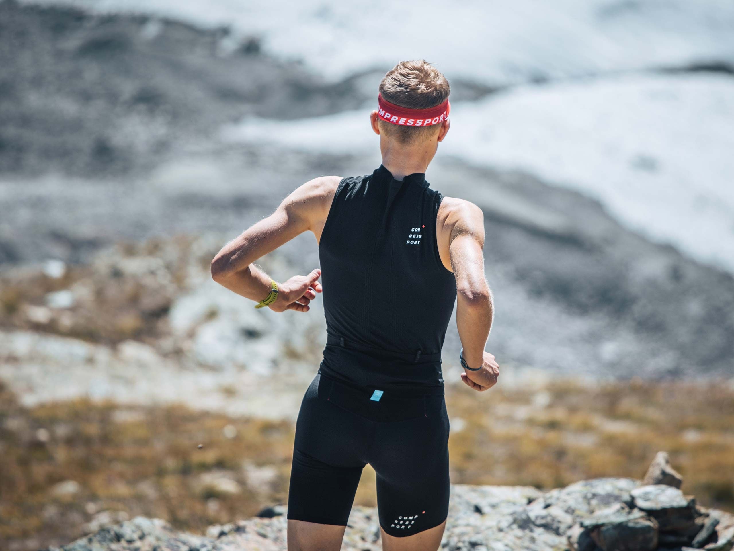 Trail Postural Tank Top M BLACK