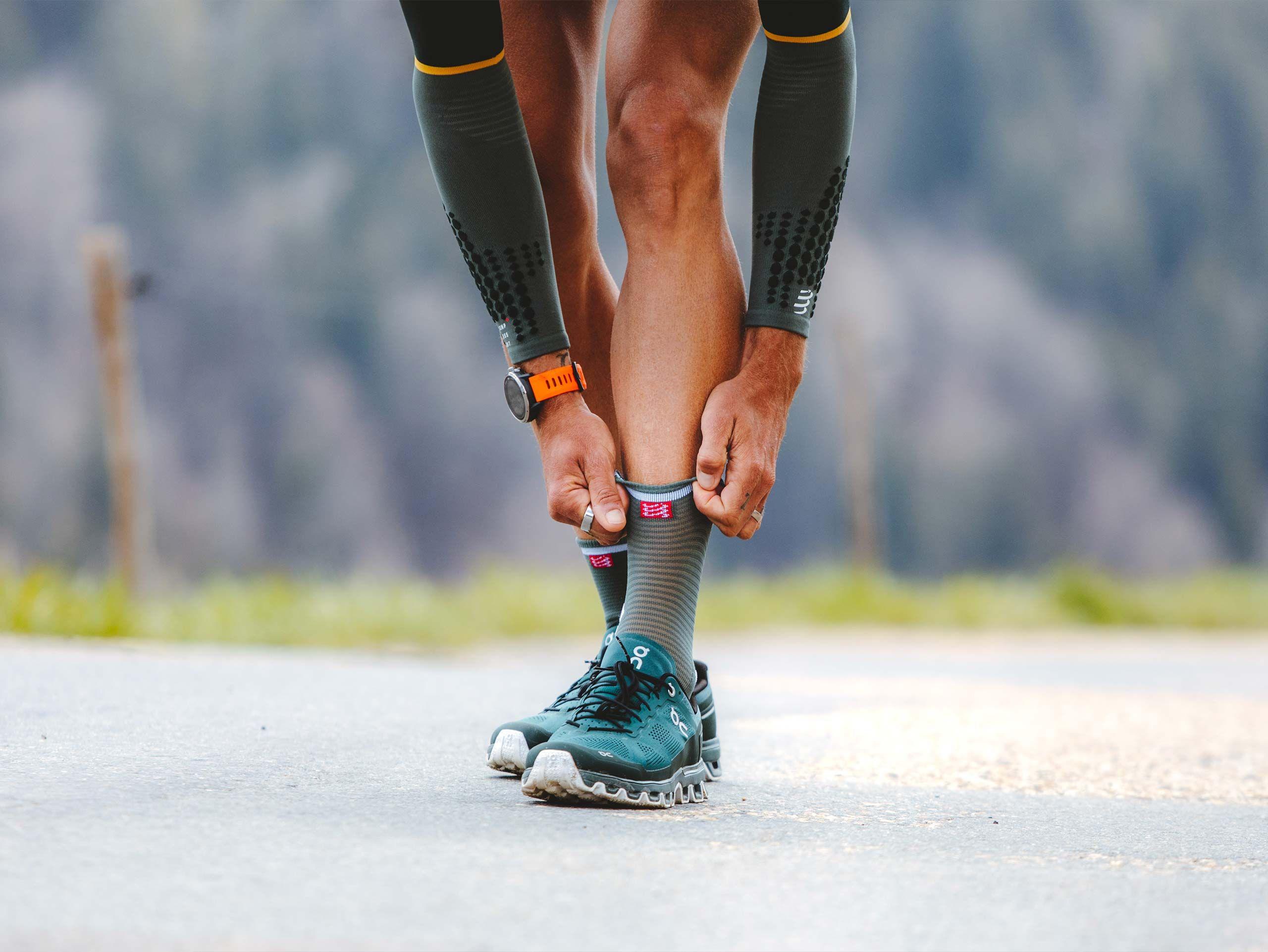 Pro Racing Socks v3.0 Run High SILVER PINE/WHITE